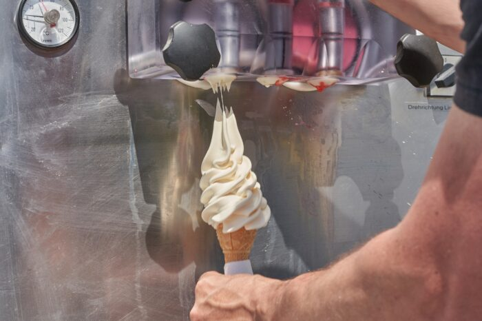 How to Clean and Maintain your Commercial Ice Cream Machine